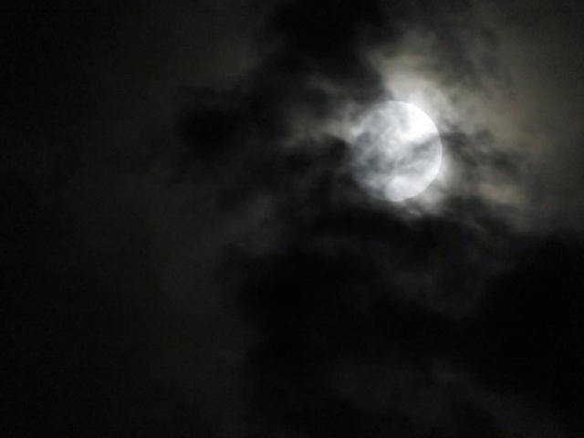 闇夜に紛れて睡魔王がやってくる